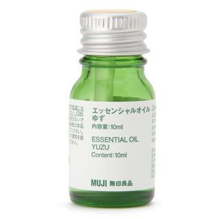 ムジルシリョウヒン(MUJI (無印良品))の新品 無印良品 エッセンシャルオイル・ゆず 10ml(エッセンシャルオイル(精油))