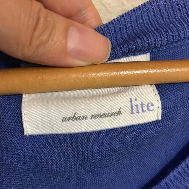 URBAN RESEARCH(アーバンリサーチ)のURABAN RESEARCH ブルーの七分袖ドルマンニット レディースのトップス(ニット/セーター)の商品写真