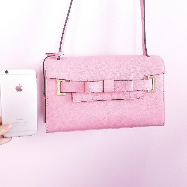 Samantha Thavasa(サマンサタバサ)のSamantha Thavasa ピンクリボンバック レディースのバッグ(ショルダーバッグ)の商品写真