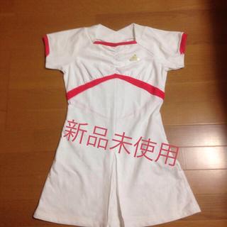 アディダス(adidas)のテニスジョギング用アディダスワンピース(ウェア)