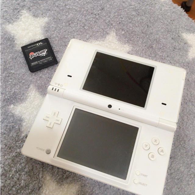 任天堂(ニンテンドウ)のDSi ☆ ソフトセット エンタメ/ホビーのテレビゲーム(携帯用ゲーム本体)の商品写真
