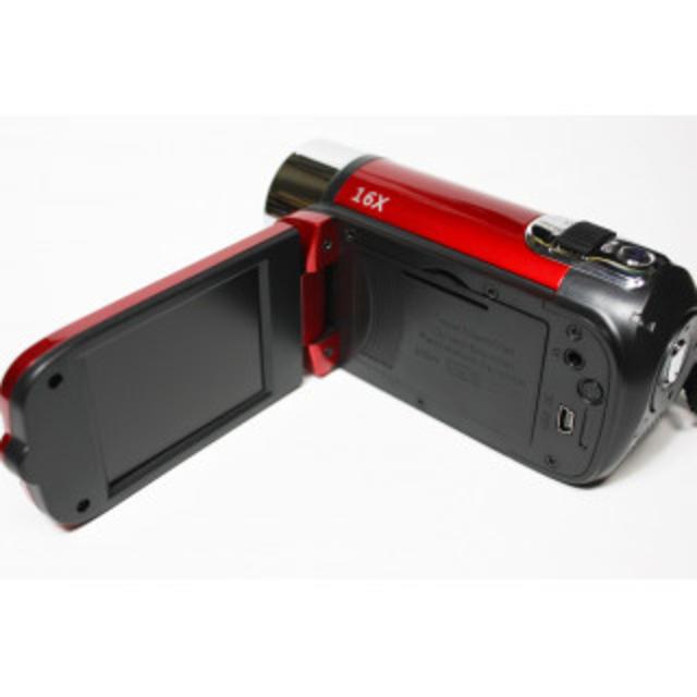 新品 日本語 デジタルビデオカメラ 1080P LCD ZOOM 2017年製 スマホ/家電/カメラのカメラ(ビデオカメラ)の商品写真