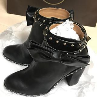 チェスティ(Chesty)の♡新品タグ付き♡チェスティ ショートブーツ Lサイズ(ブーツ)