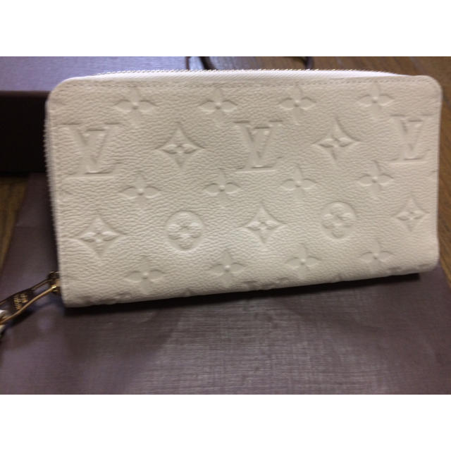 factory price 28de2 3bf9c 本物新品ルイヴィトン♡レザー財布 白 ホワイト