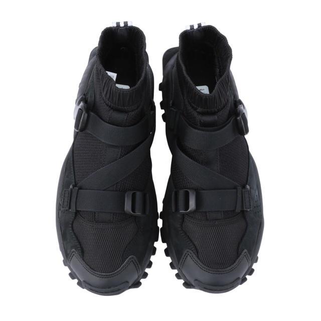 adidas hyke スニーカー