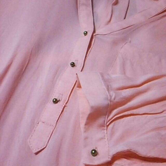 ZARA(ザラ)のZARA シャツ ピンク レディースのトップス(シャツ/ブラウス(長袖/七分))の商品写真