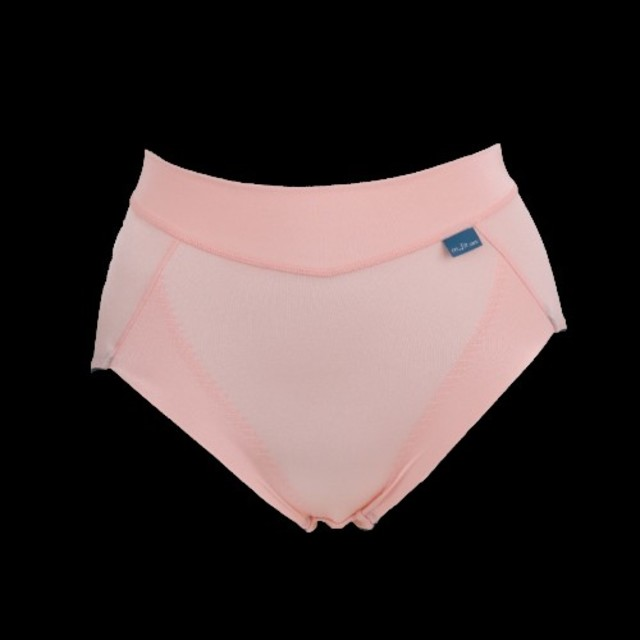 MARUKO(マルコ)の専用★新品★m-fit ブラ&ショーツ 3点 レディースの下着/アンダーウェア(ブラ&ショーツセット)の商品写真