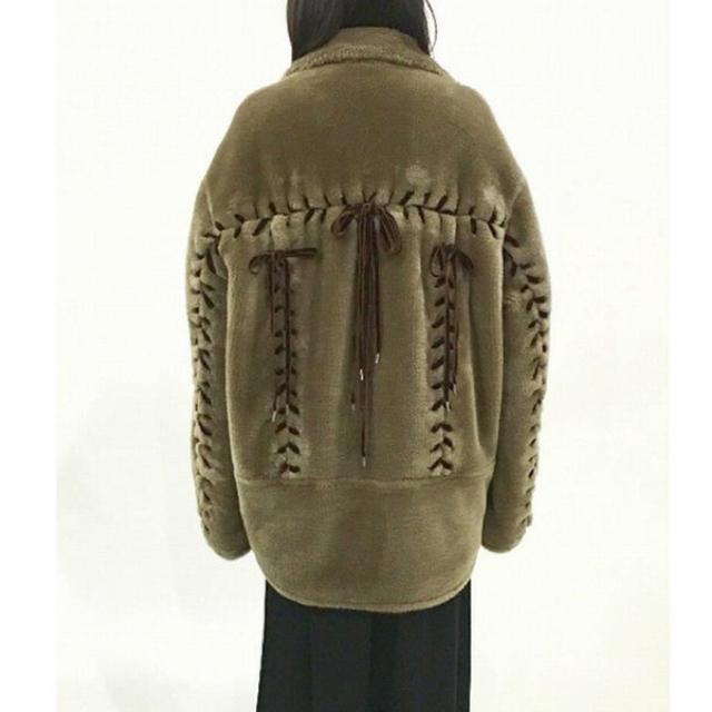 G.V.G.V.(ジーヴィジーヴィ)のG.V.G.V  ファー レースアップ  ma-1  レディースのジャケット/アウター(ブルゾン)の商品写真