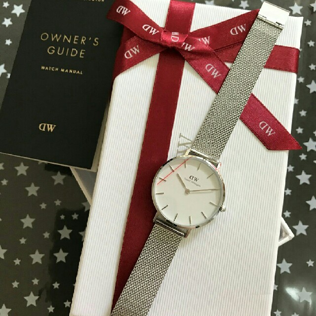 Daniel Wellington(ダニエルウェリントン)の今月のセール⤴ダニエルウェリントンシルバーメッシュベルト腕時計 レディースのファッション小物(腕時計)の商品写真