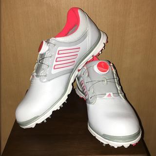 アディダス(adidas)の新品✨未使用のadidasゴルフシューズ👟(シューズ)