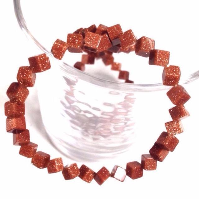 【さざれ石穴有】ゴールドストーン茶金石 ハンドメイドの素材/材料(各種パーツ)の商品写真