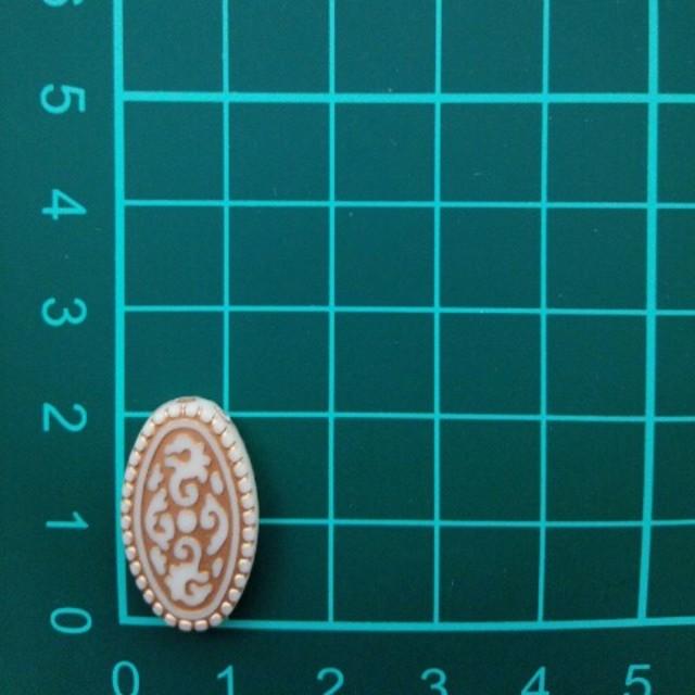 アンティークベージュ アクリルビーズ ハンドメイドの素材/材料(各種パーツ)の商品写真