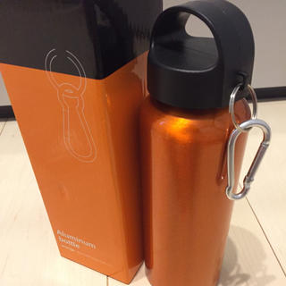 新品 ステンレス マグ ボトル フック付き 水筒 タンブラー