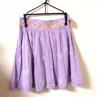 マーキュリーデュオ(MERCURYDUO)のMERCURY DUO 刺繍スカート(ミニスカート)