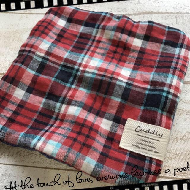 まな様専用❤︎     ❤︎178 赤チェック×ペンギン 8重ガーゼ  ハンドメイドのファッション小物(ハンカチ/バンダナ)の商品写真