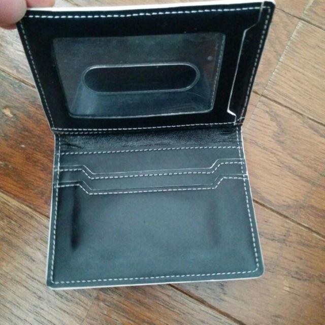シンプルなパスケース 黒 メンズのファッション小物(名刺入れ/定期入れ)の商品写真