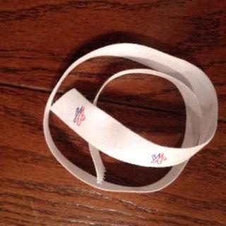 モンクレール(MONCLER)のモンクレール リボン 正規品  42cm(ダウンジャケット)