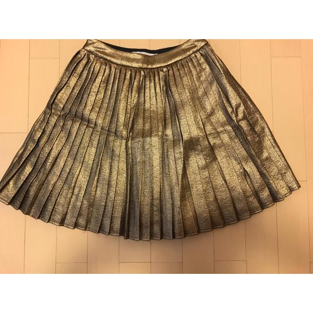 Chesty(チェスティ)のチェスティ ゴールドプリーツスカート レディースのスカート(ミニスカート)の商品写真