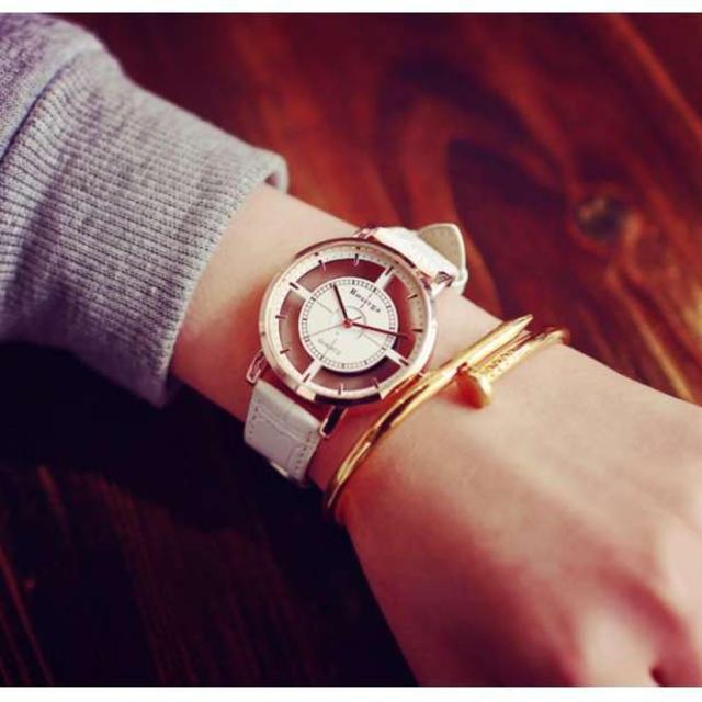 ☆大人気☆スケルトンペアウォッチ 白&黒2色セット 腕時計♪ メンズの時計(腕時計(アナログ))の商品写真