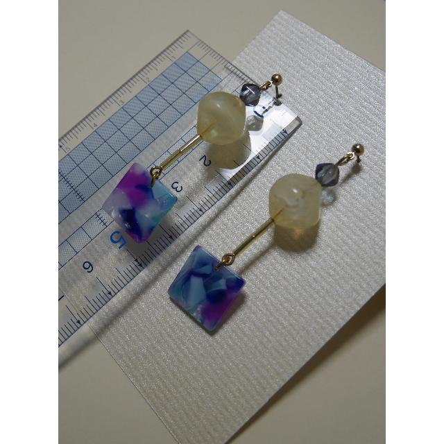 涼しげなブルー系ピアス ハンドメイドのアクセサリー(ピアス)の商品写真