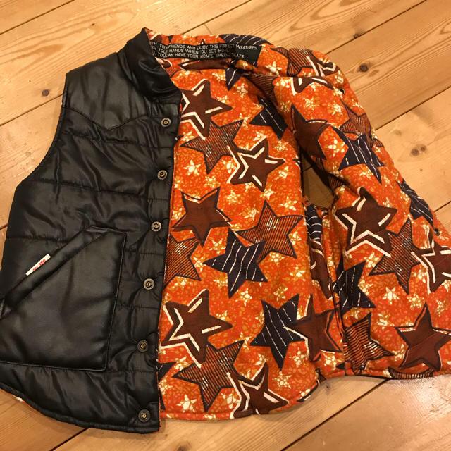 JUNK STORE(ジャンクストアー)のジャンクストア 子供用ベスト リバーシブル  130センチ キッズ/ベビー/マタニティのキッズ服男の子用(90cm~)(ジャケット/上着)の商品写真