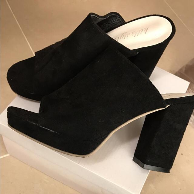 チャンキーヒール ブラック 黒 スウェード  スエード M L 24 38 レディースの靴/シューズ(サンダル)の商品写真