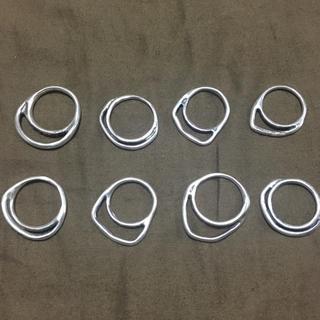 イオッセリアーニ(IOSSELLIANI)のイオッセリアーニ 8連リング パズルリング(リング(指輪))
