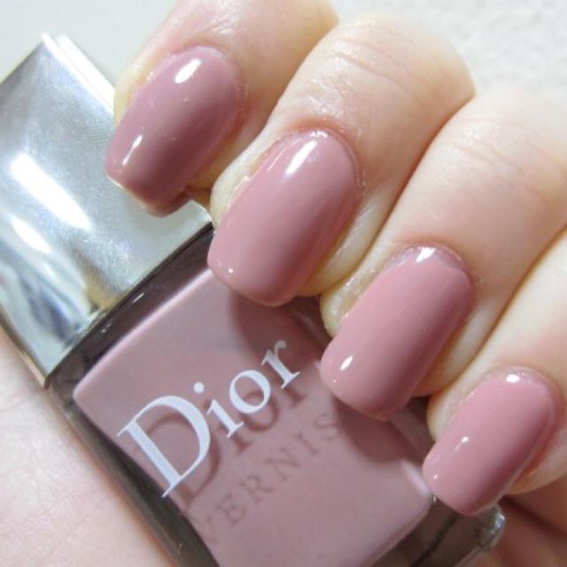 Christian Dior(クリスチャンディオール)の【人気色】ディオールヴェルニ 257 INCOGNITO コスメ