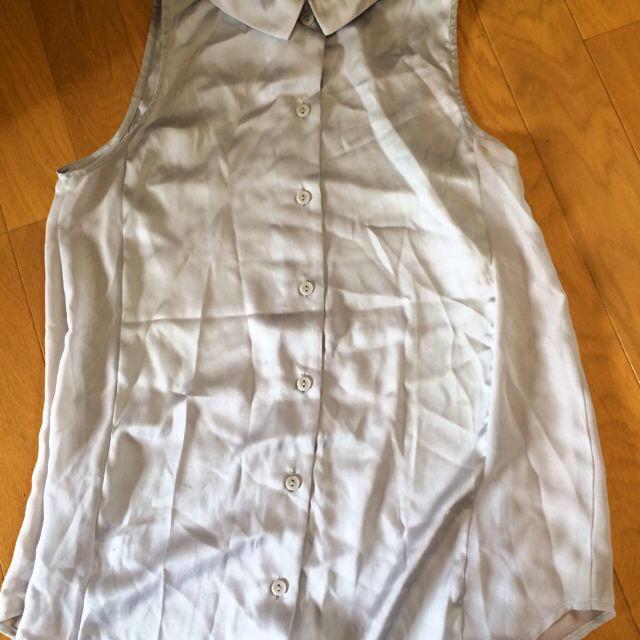 GU(ジーユー)のGU ビジューブラウス レディースのトップス(シャツ/ブラウス(半袖/袖なし))の商品写真