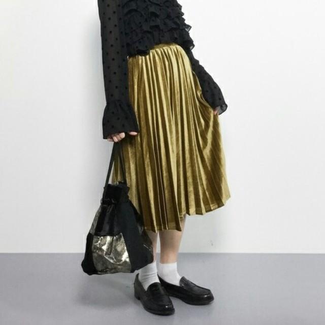 秋冬新作*◌⑅\u20dd♡*メルロー 光沢 ベロアプリーツスカート 黄色