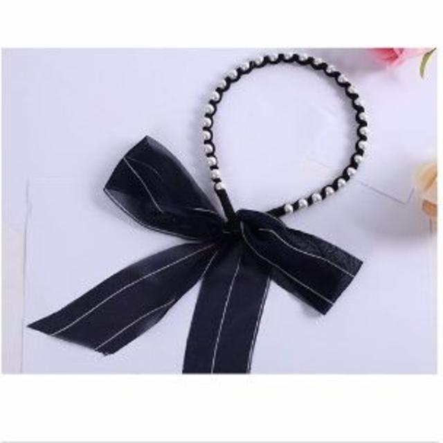 リボン 黒 ストライプ かわいい リボン付きカチューシャ 500 レディースのヘアアクセサリー(カチューシャ)の商品写真