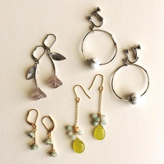 シルバーリングと天然石のイヤリング ハンドメイドのアクセサリー(イヤリング)の商品写真