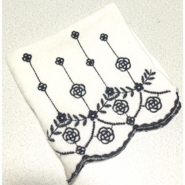 CLATHAS(クレイサス)のクレイサス タオルハンカチ 白 レディースのファッション小物(ハンカチ)の商品写真