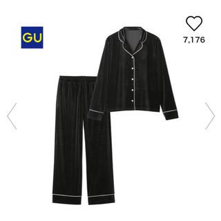 ジーユー(GU)の新品未使用☆GU ベロアパジャマ Mサイズ ブラック(パジャマ)
