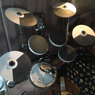 ローランド(Roland)の電子ドラム Roland TD-1KV フルオプション&おまけ付(電子ドラム)