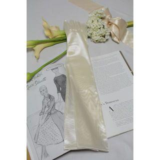 【新品、送料込】ウェディンググローブ 超ロング 53㎝ アイボリー(ウェディングドレス)