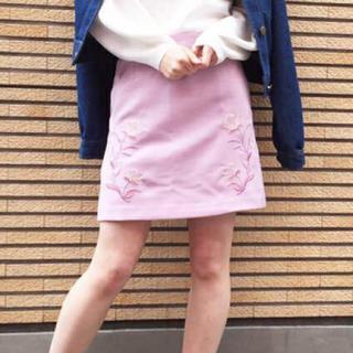 ダズリン(dazzlin)のダズリン 刺繍スカート(ミニスカート)