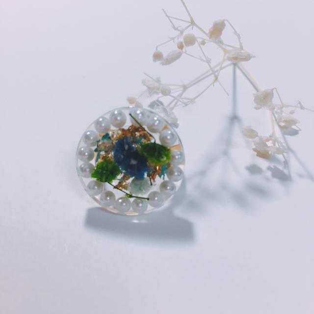 グリーン & ブルー ドライフラワー パール リング ハンドメイドのアクセサリー(リング)の商品写真