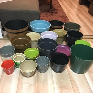 [紫さま専用 12月頭ご購入予定] 植木鉢 プラ鉢 カラフル 多数(プランター)