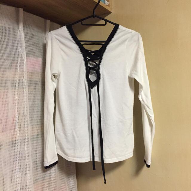 ロンT ロンティー ホワイト 長袖 レディースのトップス(Tシャツ(長袖/七分))の商品写真