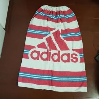 アディダス(adidas)の巻きタオル(セカンドバッグ/クラッチバッグ)