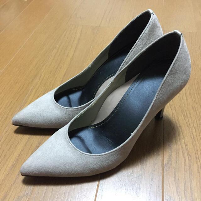 REZOY(リゾイ)の美品♡REZOYリゾイ グレージュ 低反発インソール スエードパンプス レディースの靴/シューズ(ハイヒール/パンプス)の商品写真