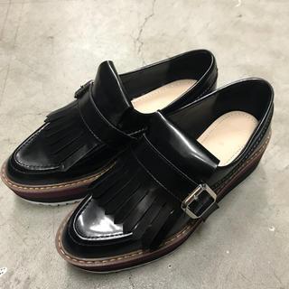 ザラ(ZARA)のZARA底厚ローファー(ローファー/革靴)