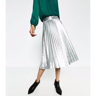 ザラ(ZARA)の新品 ZARA アコーディオン プリーツ スカート sizeXS シルバー(ひざ丈スカート)