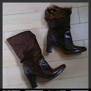 定価10万円前後 本革スエード×内側毛皮(本物)のブーツ(ブーツ)