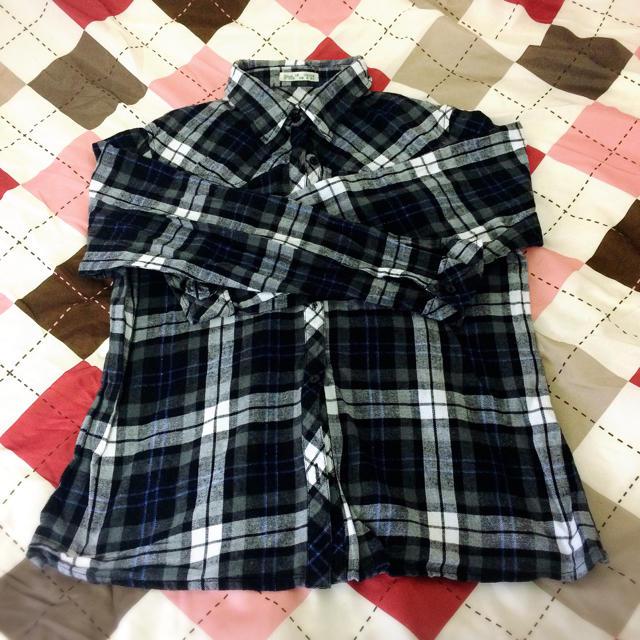 新品未使用! チェックシャツ ネイビー レディースのトップス(シャツ/ブラウス(長袖/七分))の商品写真
