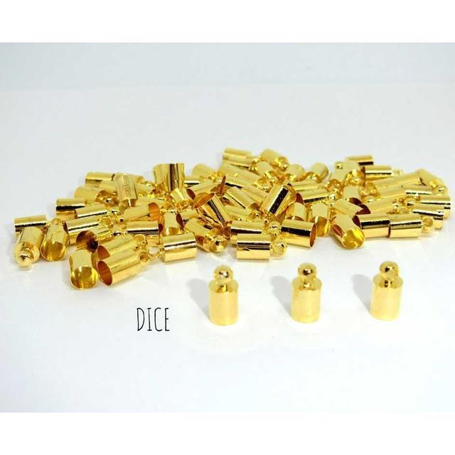 【G214】かつら*4.5mm*ゴールド*タッセルキャップ*20個 ハンドメイドの素材/材料(各種パーツ)の商品写真