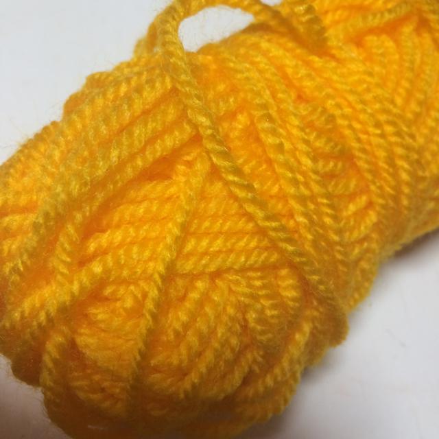 あみぐるみハートのパールピアス 赤とオレンジ2点セット月曜日発送 ハンドメイドのアクセサリー(ピアス)の商品写真
