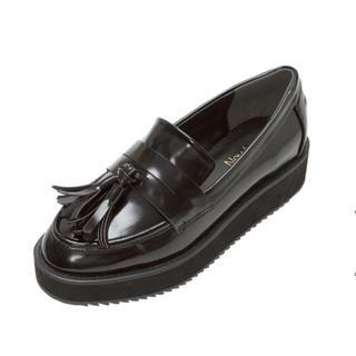 ユメテンボウ(夢展望)の3.5㎝厚底ソールタッセルローファーパンプス(ローファー/革靴)