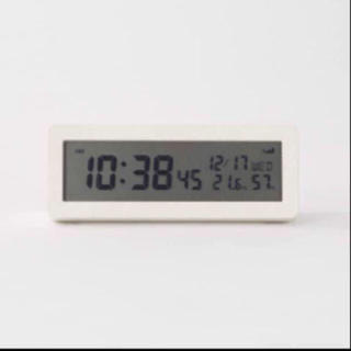 ムジルシリョウヒン(MUJI (無印良品))のデジタル電波時計(大音量アラーム機能付) 置時計・ホワイト(置時計)